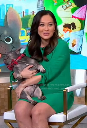 Eva's green ruched sleeve maternity dress on Good Morning America