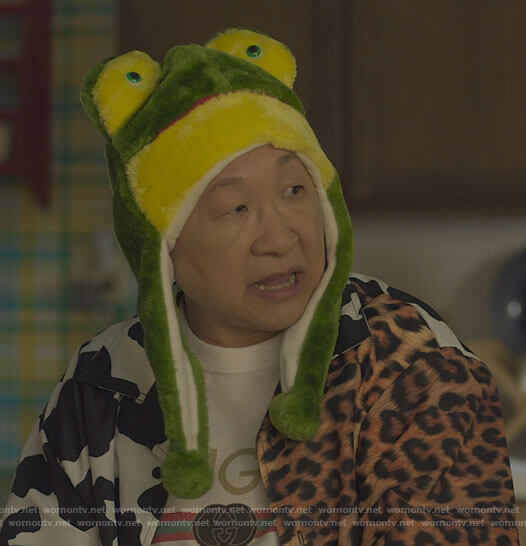 Grandma's cow and leopard print shirt on Awkwafina is Nora From Queens