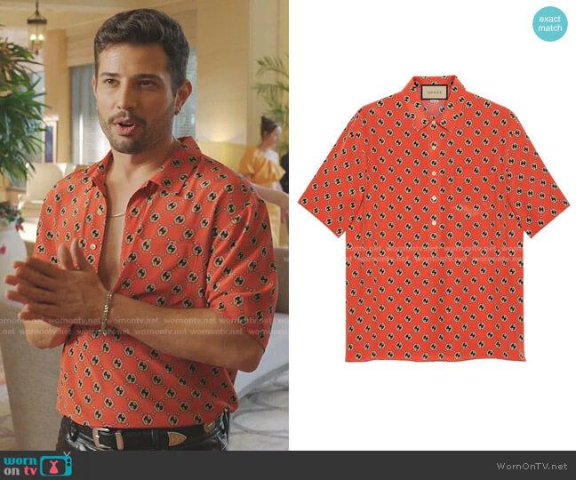 Monogram-Print Short-Sleeve Shirt by Gucci worn by Sam Flores (Rafael de la Fuente) on Dynasty