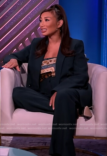 Jeannie's green double breasted blazer on The Real