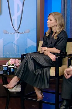 Kelly's black pleated leather skirt on Live with Kelly and Ryan