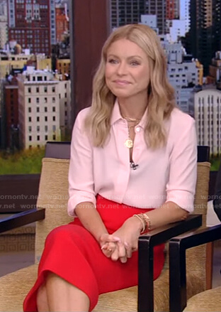 Kelly's red pencil skirt on Live with Kelly and Ryan