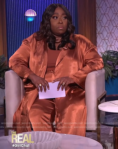 Loni's satin duster jacket and pants on The Real
