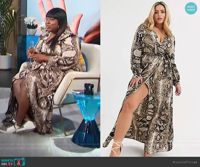 Plus plunge maxi dress in snake print by Missguided worn by Loni Love  on E! News