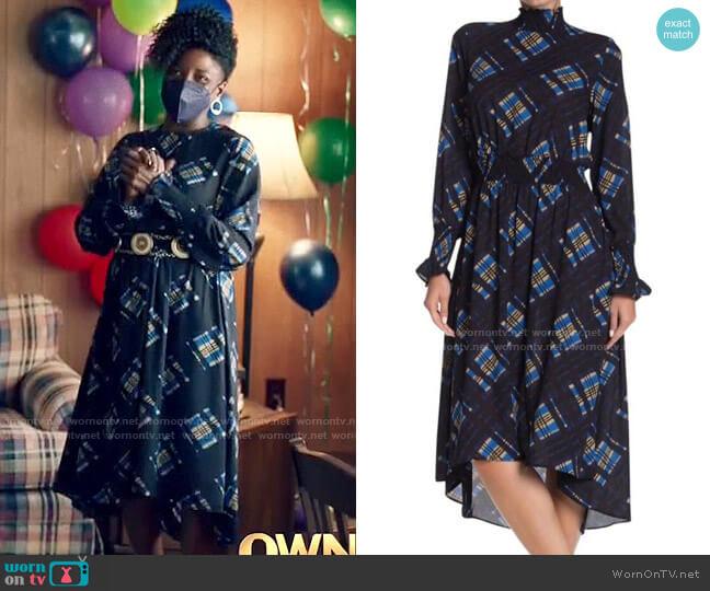 NANETTE Nanette Lepore Long Sleeve Dress in Marina worn by Nova Bordelon (Rutina Wesley) on Queen Sugar