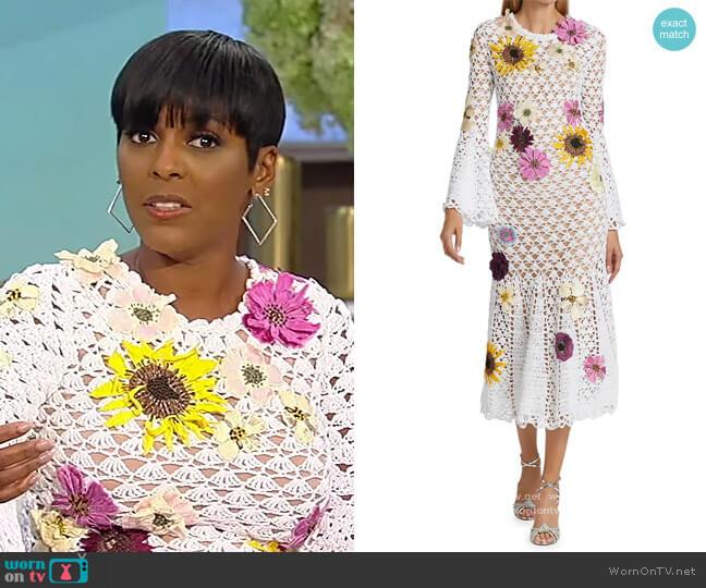 Floral-Embellished Crochet Dress by Oscar de la Renta worn by Tamron Hall  on Tamron Hall Show