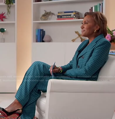 Robin's teal houndstooth blazer and pants on Good Morning America