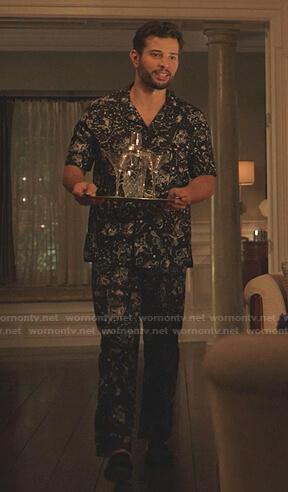 Sam's black constellation print pajamas on Dynasty
