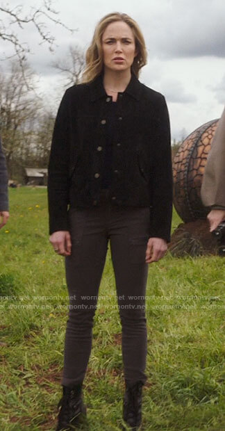 Sara's black suede jacket and olive pants on Legends of Tomorrow