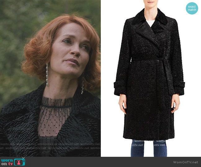 Oaklane Faux Fur Tie-Waist Trench Coat by Theory worn by Penelope Blossom (Nathalie Boltt) on Riverdale