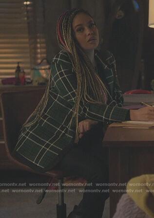 Jugheads stripe robe on Riverdale
