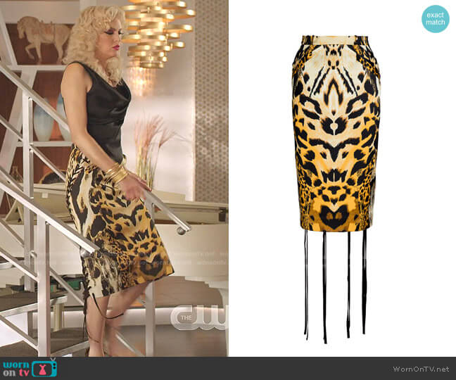 Armetis Cotton-Blend Leopard Skirt by Unttld worn by Alexis Carrington (Elaine Hendrix) on Dynasty