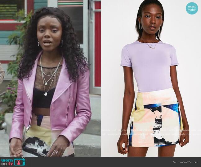 Printed Pelmet Mini Skirt by BDG worn by Josie McCoy (Ashleigh Murray) on Riverdale