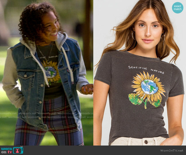 BDG Urban Outfitters Sensitive Nature Womens Tee worn by Angelica Porter-Kennard () on The L Word Generation Q