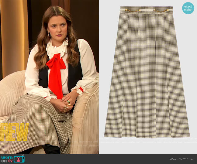 Check wool pleated skirt by Gucci worn by Drew Barrymore  on The Drew Barrymore Show