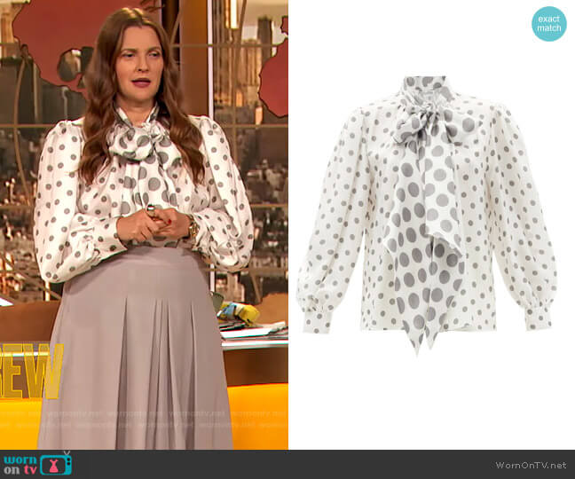 Eschilo blouse by Max Mara worn by Drew Barrymore  on The Drew Barrymore Show