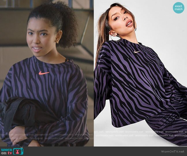 NSW Icon Clash Fleece Sweatshirt by Nike worn by Jessi Ramsey (Anais Lee) on The Baby-Sitters Club