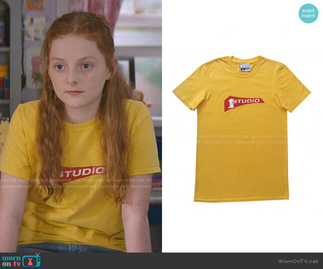 Studio One Records Official T-Shirt by SOUL JAZZ RECORDS worn by Mallory Pike (Vivian Watson) on The Baby-Sitters Club
