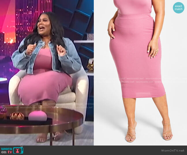 Trendy Plus Size Ribbed Skirt by Nina Parker worn by Nina Parker  on E! News