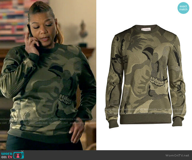 Alexander McQueen Skull Intarsia Wool Blend Sweater worn by Robyn McCall (Queen Latifah) on The Equalizer