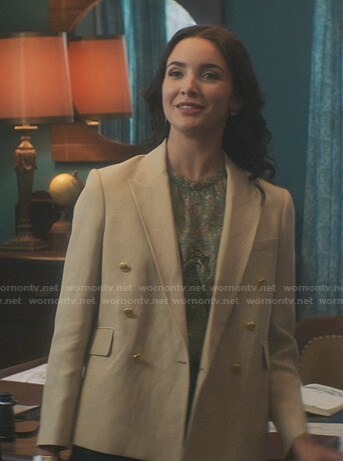 Bess's beige double breasted blazer on Nancy Drew