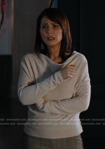 Bree's cowl neck sweater on Chucky
