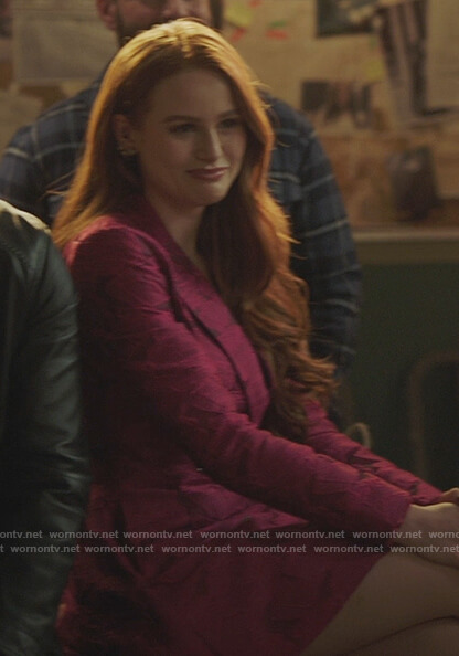 Cheryl's pink houndstooth blazer on Riverdale