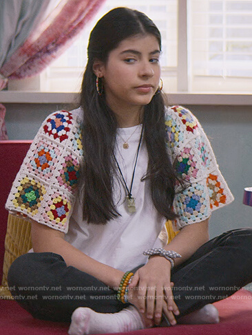 Dawn's white crochet knit sleeve tee on The Baby-Sitters Club