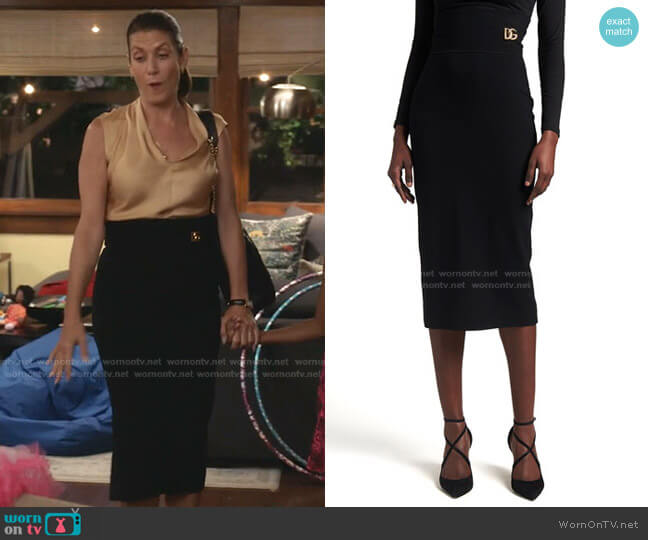Pencil skirt by Dolce & Gabbana worn by Kate Walsh on Greys Anatomy