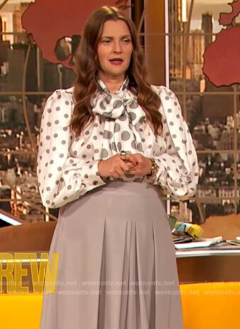 Drew's white polka dot blouse on The Drew Barrymore Show
