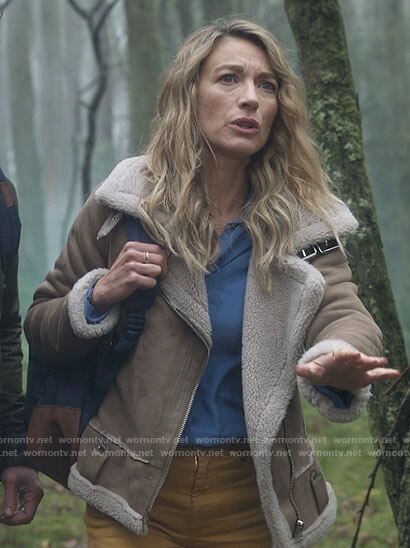 Eve's beige suede sherpa trim jacket on La Brea