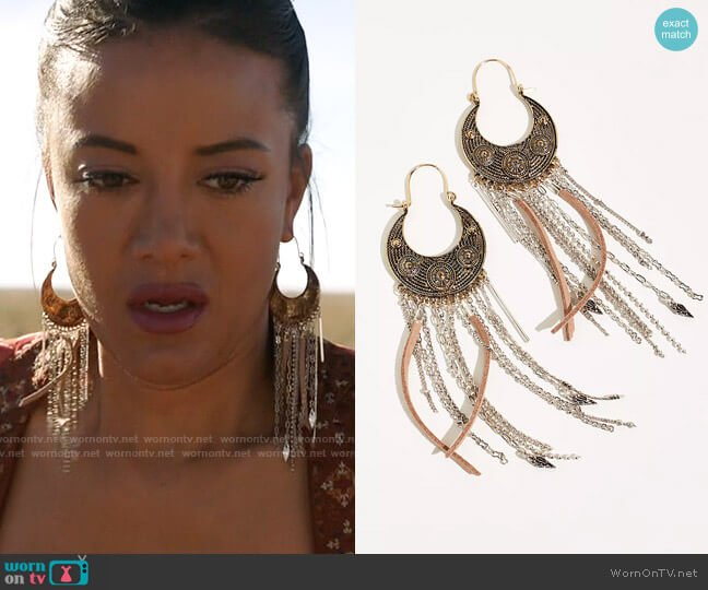Free People Night Moves Earrings worn by Maria DeLuca (Heather Hemmens) on Roswell New Mexico