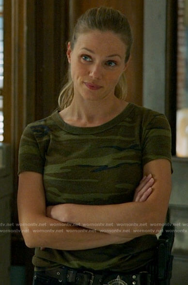 Hailey's camo t-shirt on Chicago PD