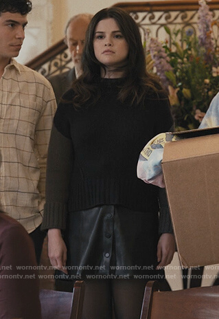 Mabel's colorblock sweater on Only Murders in the Building