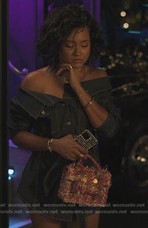 Lauren's pink tweed fringe shoulder bag on Our Kind of People
