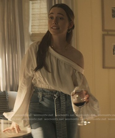 Love's white one shoulder top and jeans on You