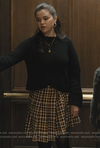 Mabel's yellow plaid skirt on Only Murders in the Building