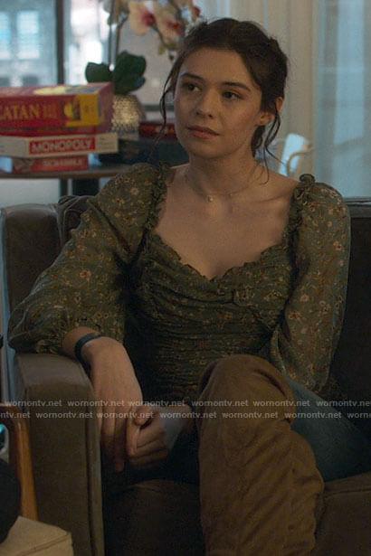 Kara's white striped long sleeve t-shirt on Supergirl