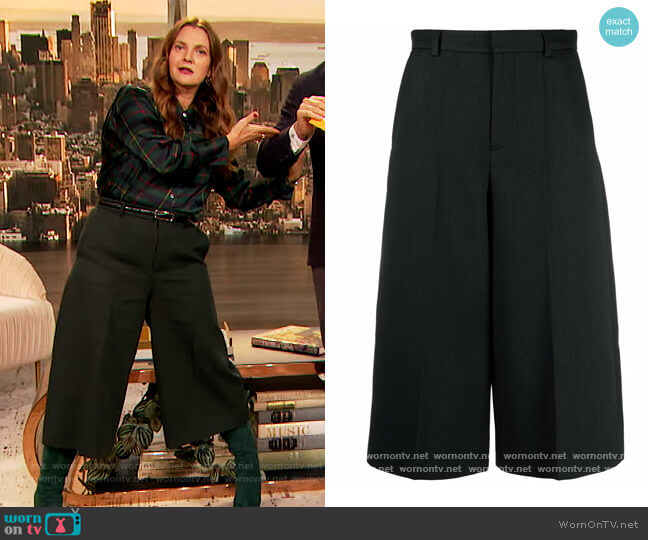 Tailored culotte trousers by Saint Laurent worn by Drew Barrymore  on The Drew Barrymore Show