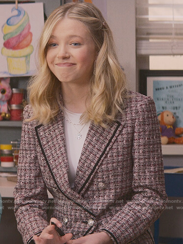 Stacey's pink tweed blazer on The Baby-Sitters Club