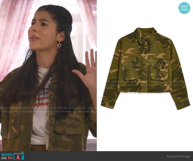 Frey Camouflage Jacket by Topshop worn by Dawn Schafer (Kyndra Sanchez) on The Baby-Sitters Club