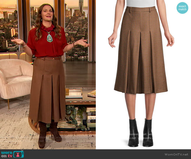 Abbono Wide-Leg Wool Culottes by Weekend Max Mara worn by Drew Barrymore  on The Drew Barrymore Show